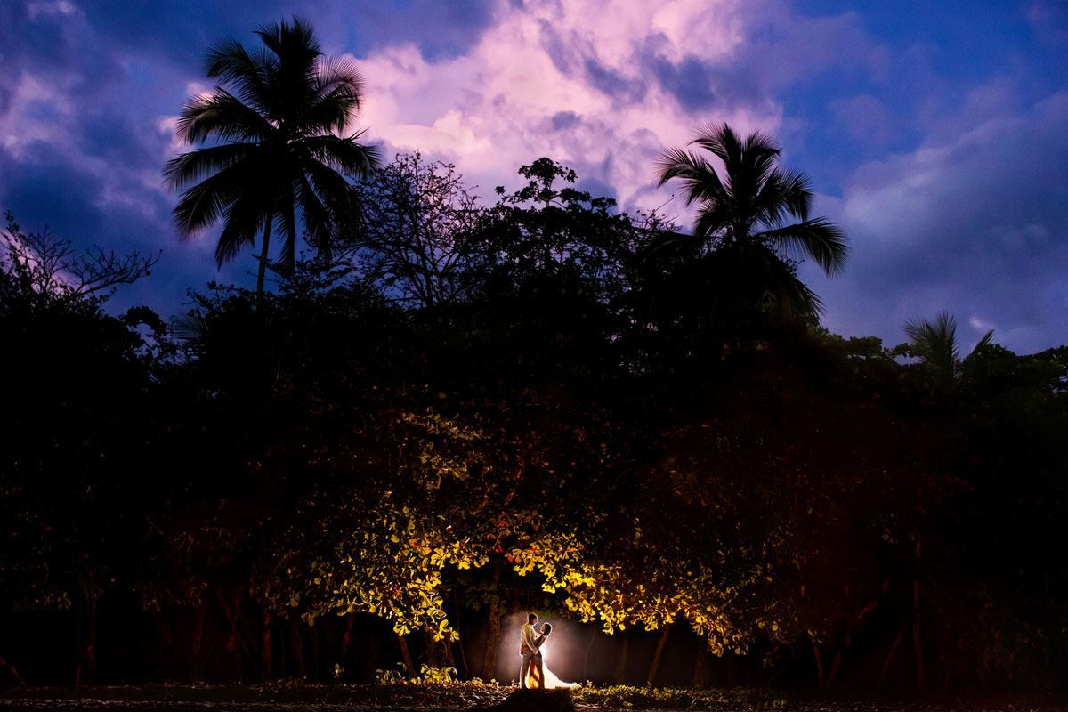 rainforest-photo-bride-groom
