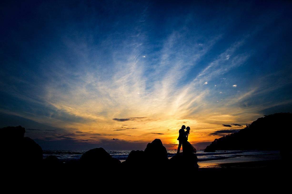romantic beach wedding in costa rica