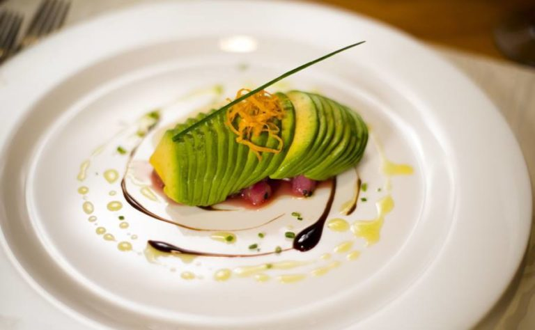 professional chef dining at villa punto de vista