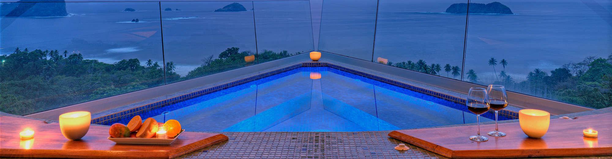 rooftop jacuzzi in luxury costa rica villa