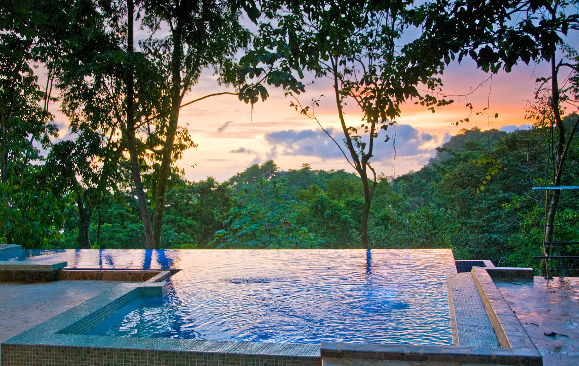 large costa rica villa with rooftop pool