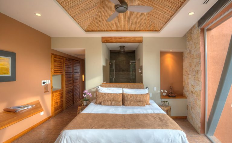 luxurious suite amber room villa punto de vista