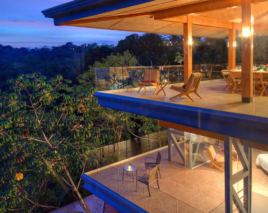 villa punto de vista balconies